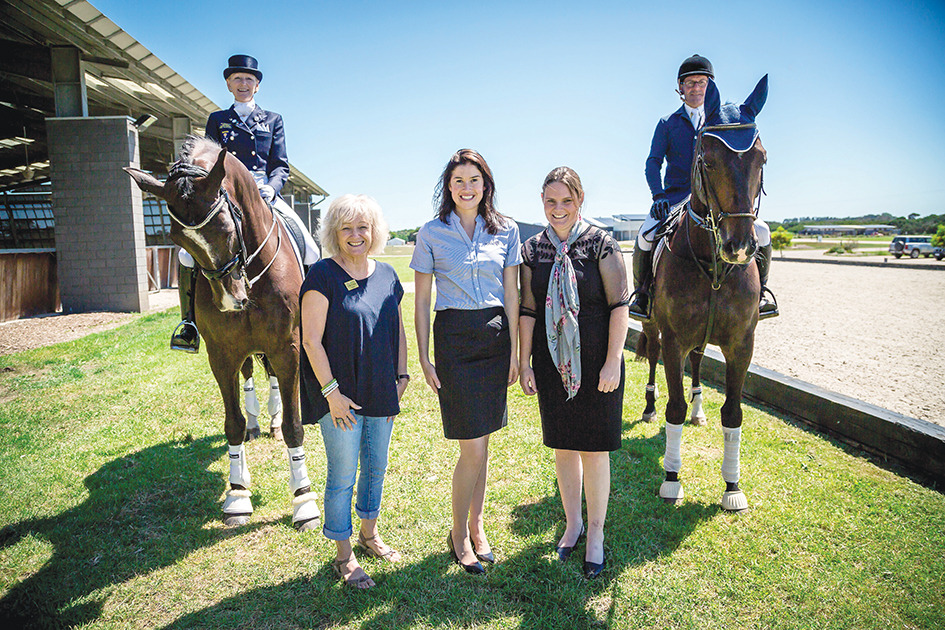 Caroline Wagner on Tango V, mayor Bev Colomb, Fiona Selby of Boneo Park, Melissa Cannon, and Jamie Coman. The Boneo Classic will be held from 22 – 25 January.
