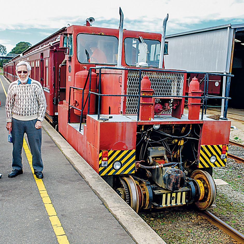 DSC_1177 Howard Girdley and Malcolm Swaine