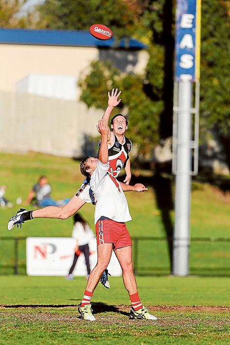 Sharks devour Bulls: Bonbeach beat Karingal by 72 points. Picture: Gary Bradshaw