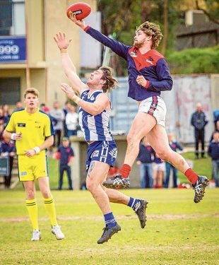 Out of reach: Mount Eliza handed out a 49 point defeat to Langwarrin in a low scoring game. Picture: Michael Kompa