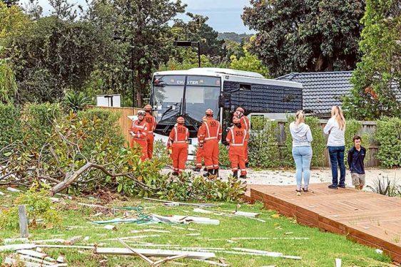 Bus Crash Mt Eliza