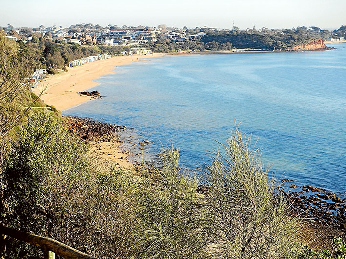 Scenic views: Views only available to the public from the cliff path leading to Mills Beach from Caraar Creek Lane.