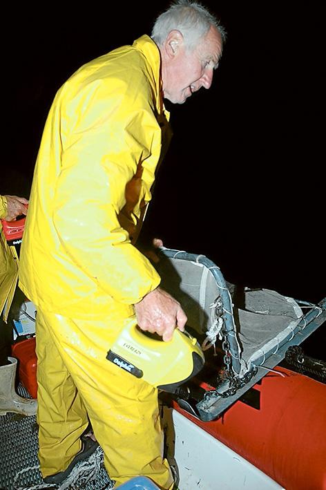 HK with beam trawl
