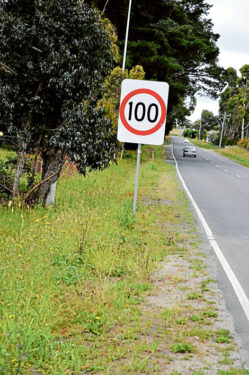 Sign change: New 80kph signs were quickl;y changed back to 100kph when it was realised the VicRoads speed limit trials were not due to start until next month. Picture: David Chalke