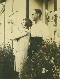 Stan and Ella Prout with baby Don, 1928.